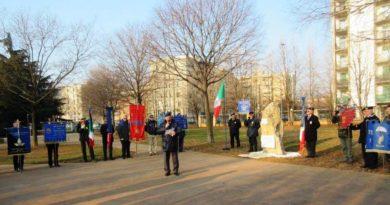 """Monumento alla Memoria  della M.O.V.M. """"Fiorenzo Ramacci"""""""