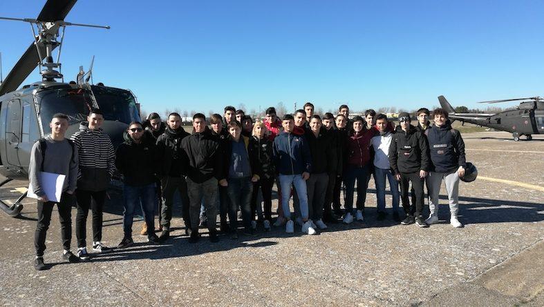 """L'Istituto Tecnico """"Da Vinci"""" visita il CAAE"""